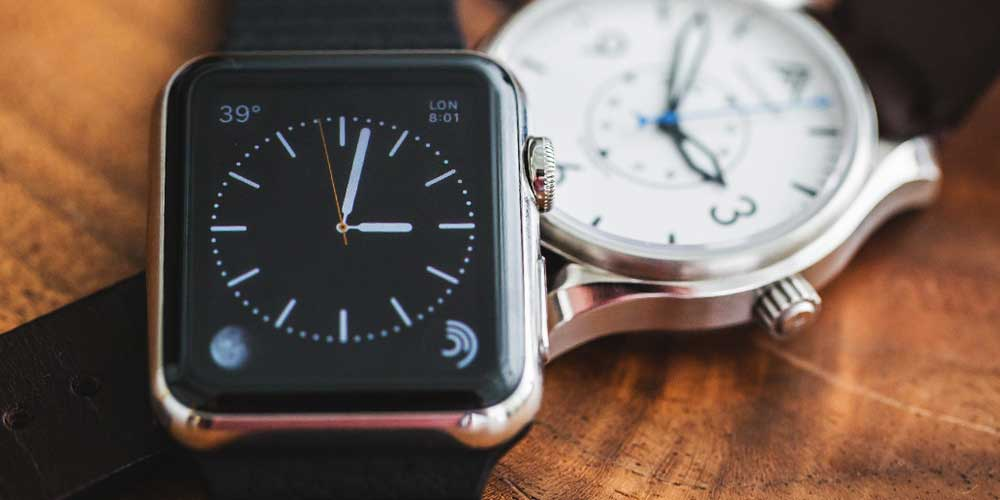 Smartwatches Against Mechanical Watches: The Smart Vs. The ...
